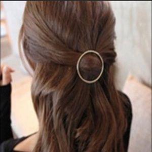 2 inch hair accessory 🌸